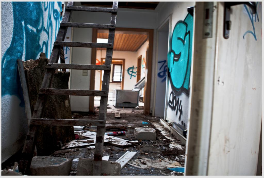 Lost Places 3 (Florian Kehrer, Lucas Groß, Leon Rief, 2015)